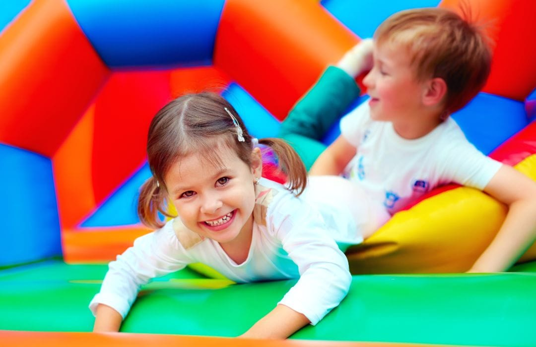 bouncy castle-001